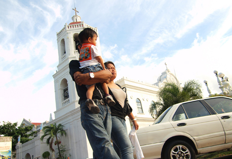 After mass at Cebu Metropolitan Cathedral.jpg