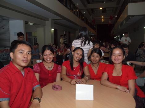 英語学校CELIバレンタインパィ-005.jpg
