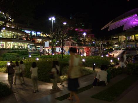 フィリピン・セブ島の巨大ショッピングモール【Ayalaの夜景】