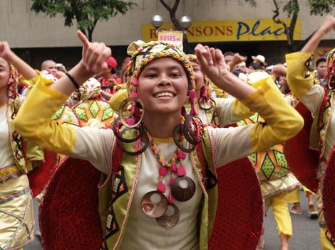 フィリピン・セブ・シヌログ祭り