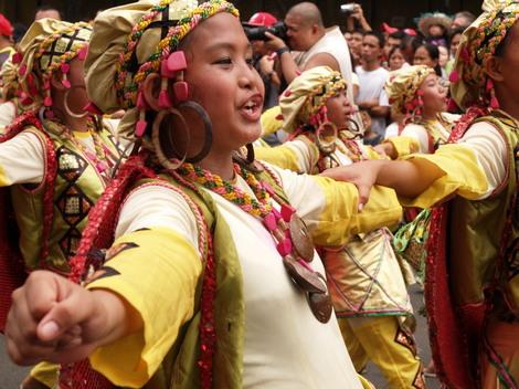 フィリピンセブのシヌログ祭り