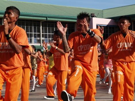 囚人ダンス012