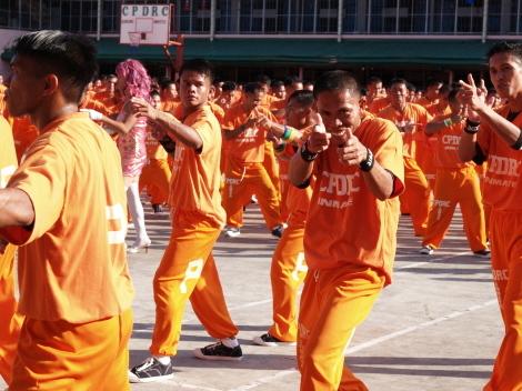 囚人ダンス013