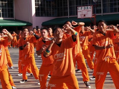 囚人ダンス021