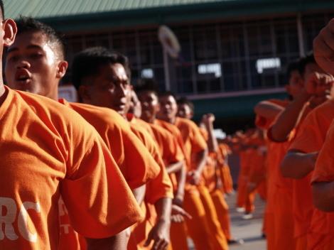 囚人ダンス022