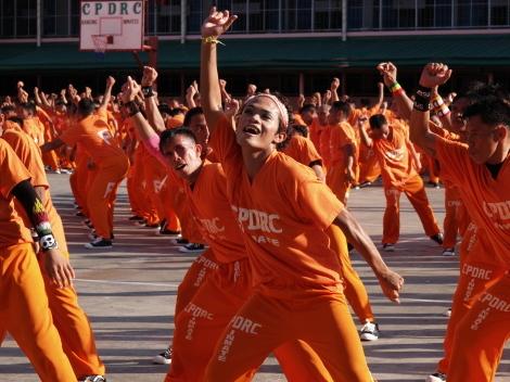 囚人ダンス024