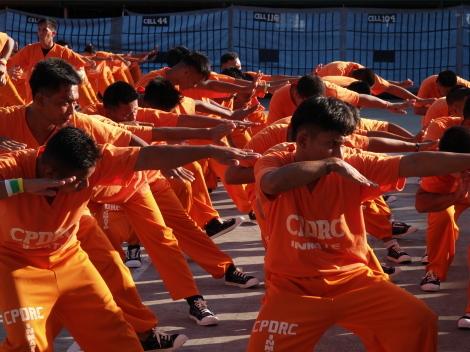 囚人ダンス033