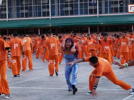囚人ダンス056