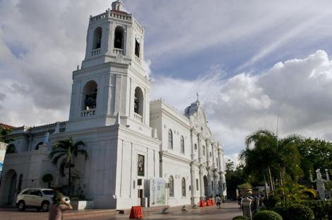 cebu metropolitan cathedral.jpg